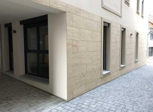Exklusive 1-Zimmer-Wohnung/Büro mit Einbauküche in Forchheim