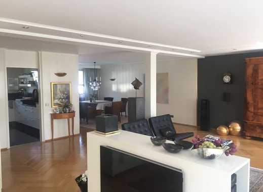 Extravagantes Wohn- und Geschäftshaus in markanter, zentrumsnaher Lage von  VS-Schwenningen