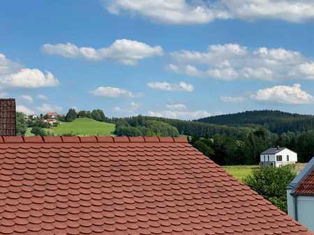 Erstbezug nach Sanierung: Adrette 2-Zimmer-DG-Wohnung mit EBK und üppiger Dachterrasse in Ottobeuren in Ottobeuren
