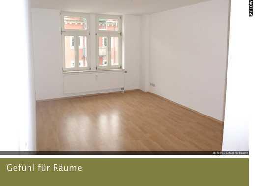 renovierte, helle 2 Zimmer Wohnung in guter Lage von Dresden Neustadt in gepflegtem Wohnhaus