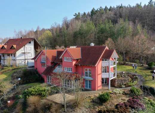 Wunderschönes, großzügiges Haus mit einmaliger Aussicht zu verkaufen!