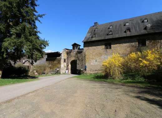 Eigenes Klostergut mit vielen Nutzungsmöglichkeiten, weiterer Bebauungsoption, ca. 16.300m² Grundst.