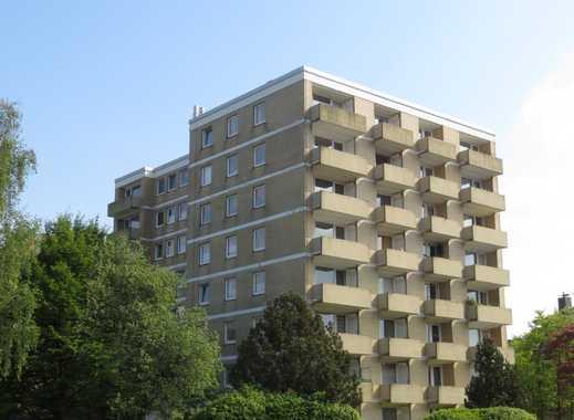 Renovierte 2 Zimmer-Wohnung mit großem Balkon!