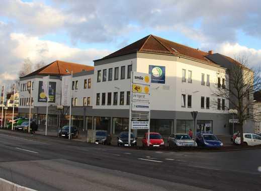 Repräsentative Verkaufs-, Ausstellungs- bzw Lagerfläche an Hauptverkehrsstraße in Homburg Erbach