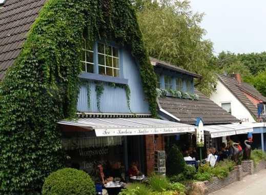 Worpswede: Wohn- GeschäftshausDas Blaue Haus im Künstlerdorf Worpswede