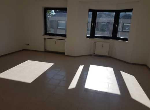 Gemütliche Citywohnung mit gelungener Raumaufteilung! Balkon vorhanden! WBS erforderlich!