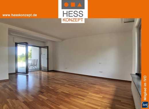 ZU VERMIETEN: Wohnung mit Terrasse, frisch saniert, alleiniger Hauseingang. Bezug ab sofort möglich.
