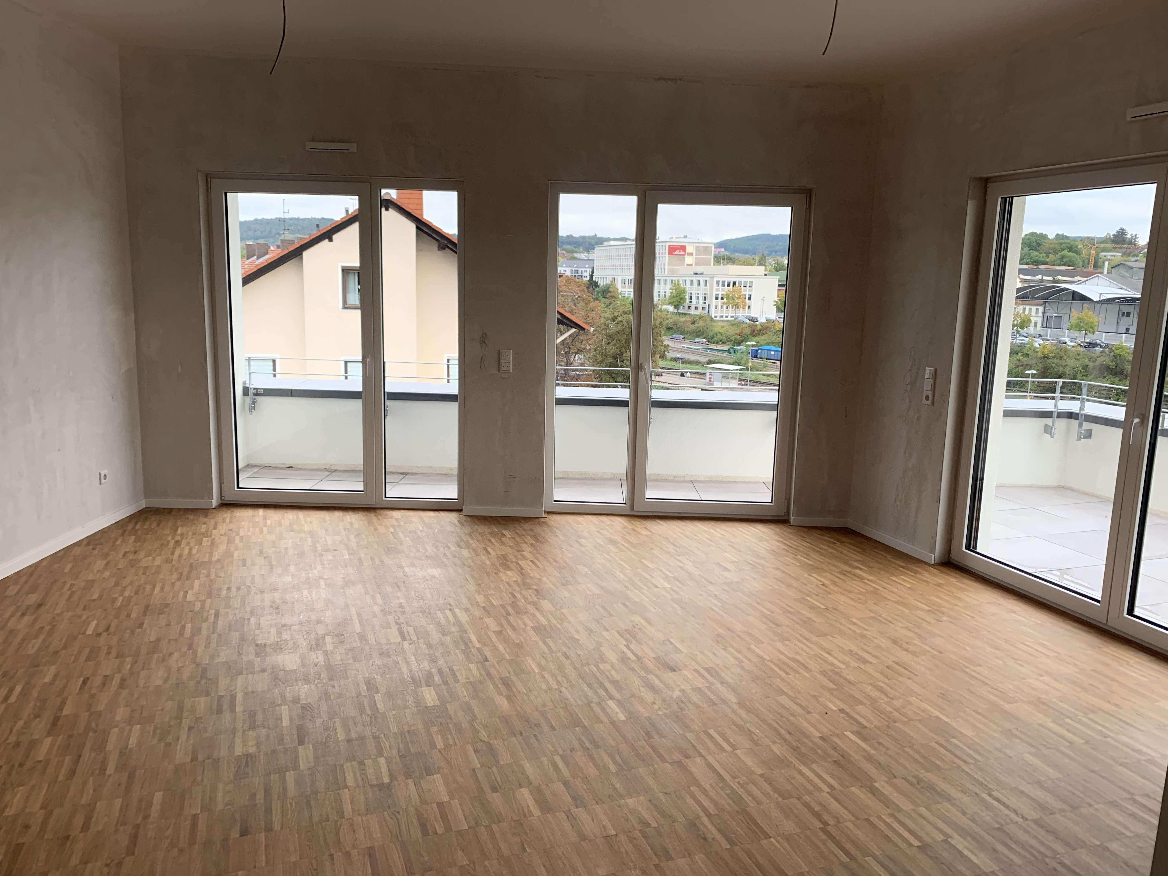 MIO: Exklusive Penthouse Wohnung mit 4 Zimmern und großer Dachterrasse! in Stadtmitte (Aschaffenburg)