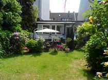Bild Bungalow mit schönem Garten