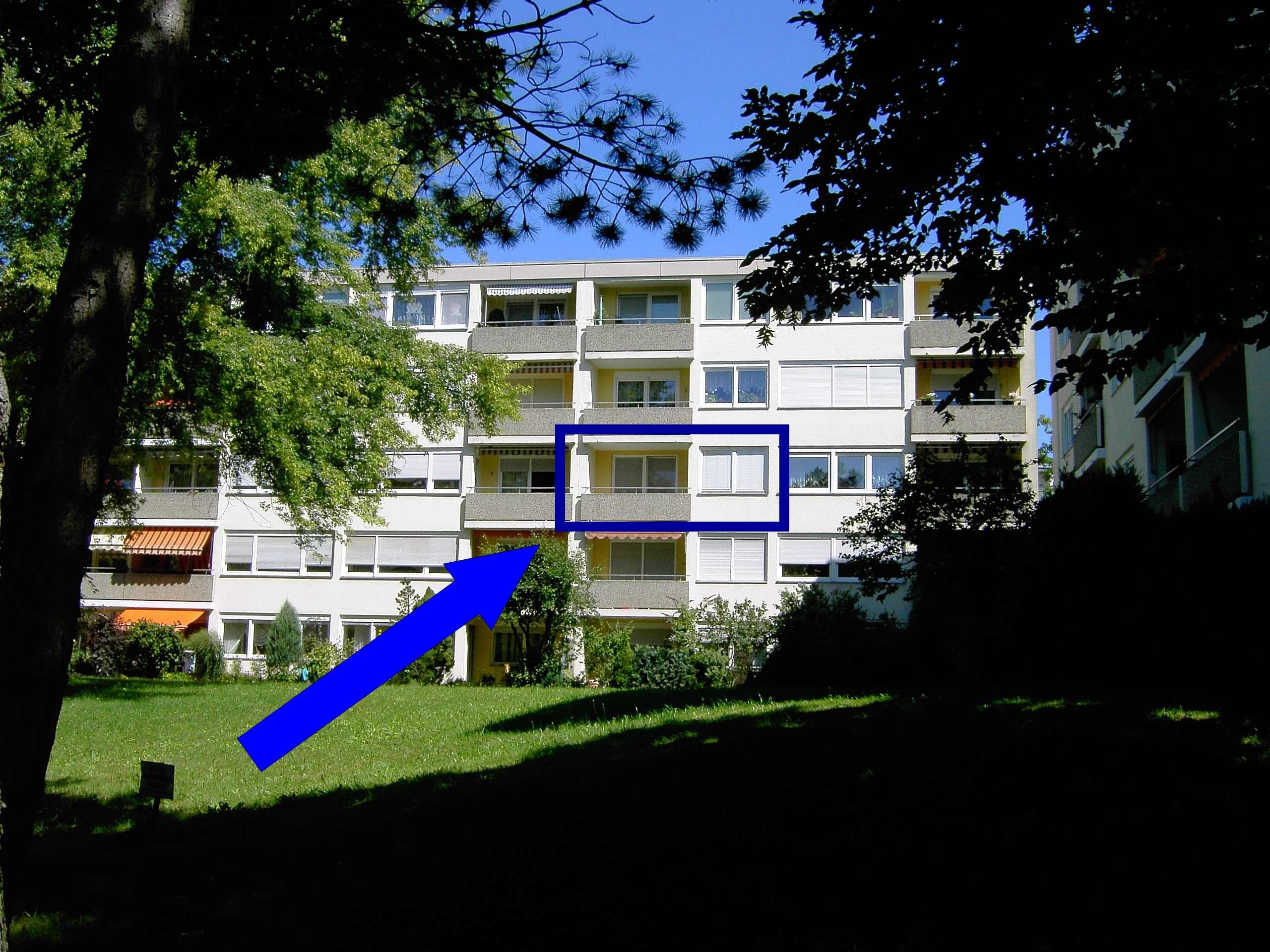 Schöne helle  1-Zimmer-Wohnung mit Balkon und EBK in Nürnberg