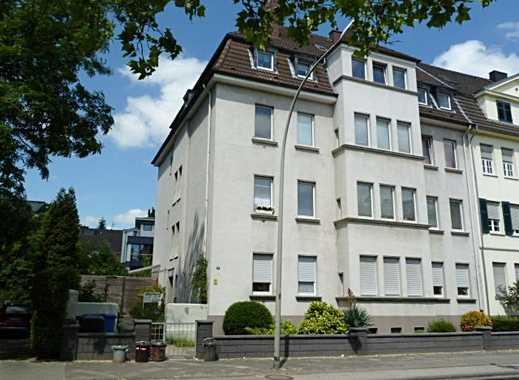 Mönchengladbach Nähe Bunter Garten -Renovierte Mietwohnung  mit guter Anbindung, sehr wenig Schräge!