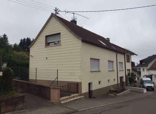 Einfamilienhaus mit Garage und EBK- auch als Kapitalanlage