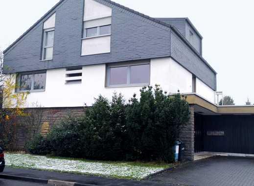 Gehobene 4-Zi Wohnung mit Terrasse, zentrale Lage, Blick ins Grüne, 2 Bäder, Garage, renoviert