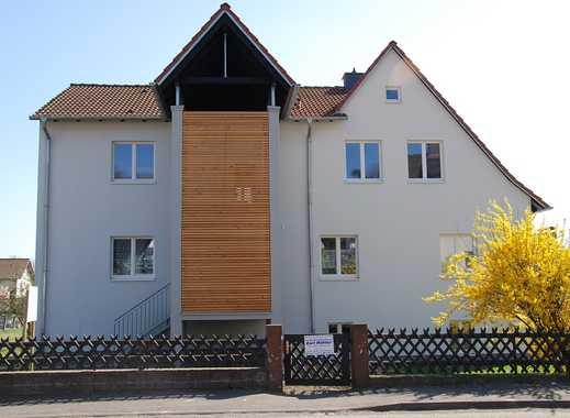 4,5 Zimmer Wohnung mit Balkon, 2 Parkplätzen und großem Garten im Ortsteil Lispenhausen