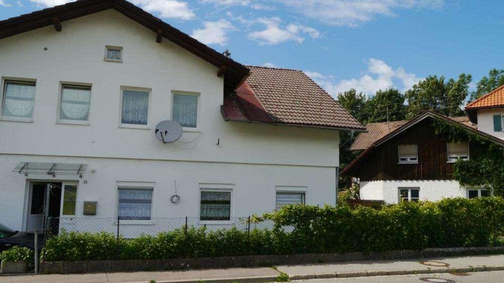 2 Zimmer Erdgeschoß Wohnung in Kleinweiler in