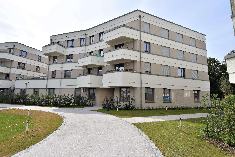 Top!!! Möbliertes 1 Zi. Apartment mit Balkon! Erstbezug! 2 Min. zur S-Bahn Aubing!!!