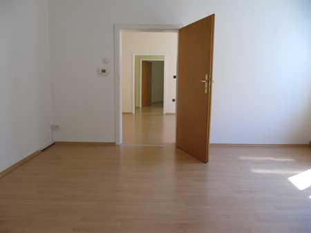 Fürth-Fußgängerzone ! 3-Zi.-Altbau-Whg ca.  75 m²,  EBK, 2.OG ohne Aufzug in Altstadt, Innenstadt (Fürth)