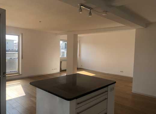 Neuwertige 3-Zimmer-Wohnung mit Balkon und EBK in Worms