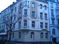 Denkmalgeschützte Altbauwohnung mit verglastem Innenhof
