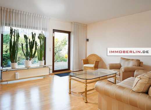 IMMOBERLIN: Großzügig & komfortabel: Ein-/Zweifamilienhaus mit Gartenidylle