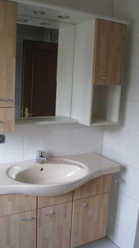 Modernisierte 4-Zimmer-Wohnung mit Balkon und EBK in Anzing in Anzing (Ebersberg)