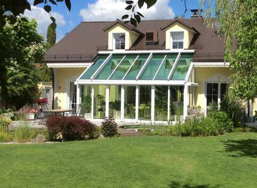 Villa in bester uneinsehbarer Südlage, neuwertiger Zustand!