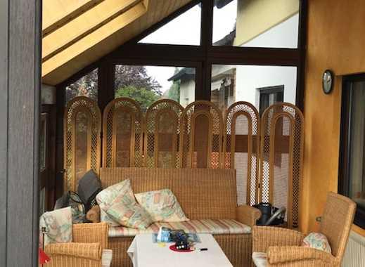 Maisonette-Wohnung mit traumhaftem Wintergarten und Balkon im beliebten Fürth-Vach
