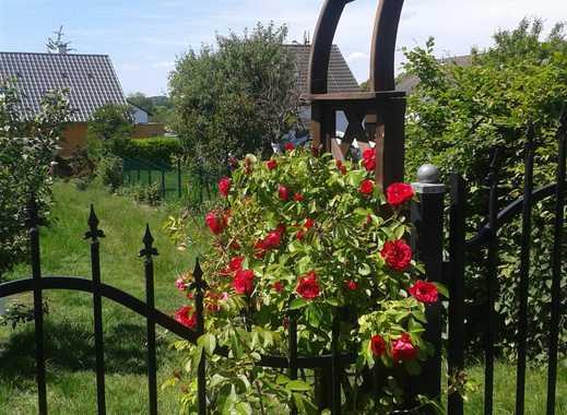 Sofort verfügbares Zimmer in netter 5er-WG mit wunderschönem Garten