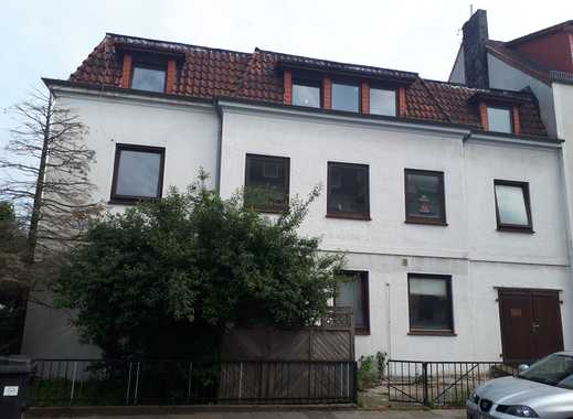 vielseitig nutzbares, renovierungsbedürftiges Mehrfamilienhaus in ruhiger Lage von Bremen Findorff