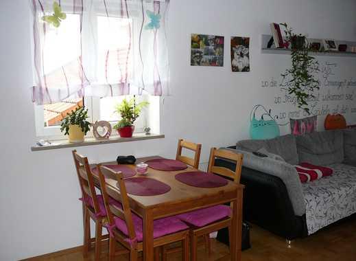 Helle, gepflegte 1-Zimmer-Wohnung mit Südbalkon und Einbauküche in Egmating