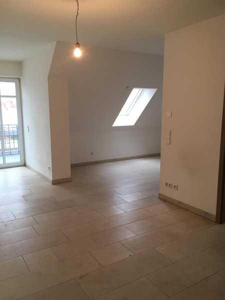 2-Zimmer-DG-Wohnung in Geisenfeld in Geisenfeld