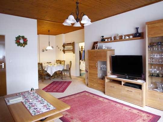 120m² Wohnung inkl. Garten, Terrasse und Garage in einem 2-Familienhaus - Bild 6