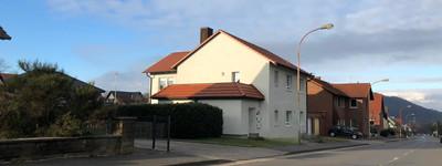 Moderne 3-Zimmer-Wohnung mit Balkon und EBK in Porta Westfalica Hausberge
