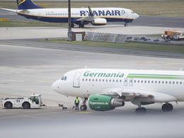 Flughafen Bremen vor der Tür
