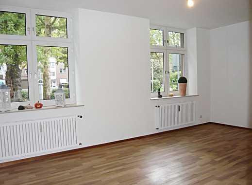 Schicke Single-Wohnung in Oberhausen-Stadtmitte im Erdgeschoss mit Einbauküche und kleiner Hoffläche