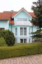 Schönes Haus Dreifamilien-Haus als DHH