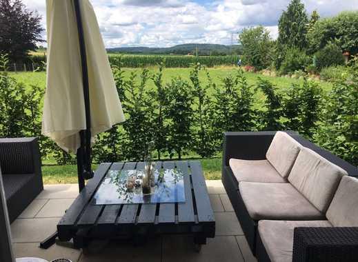 Stilvolle, neuwertige 3-Zimmer-Erdgeschosswohnung mit Terrasse und Einbauküche in Reutlingen