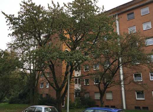 3 1/2 Zimmer Wohnung mit Balkon in Duisburg-Mittelmeiderich