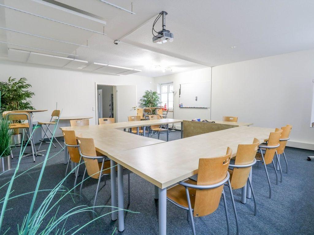 Büro-/Praxisraum
