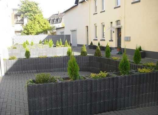 Renovierte 1 Zimmer-Erdgeschoßwohnung mit Terrasse in ruhiger Lage in Ückendorf!!!