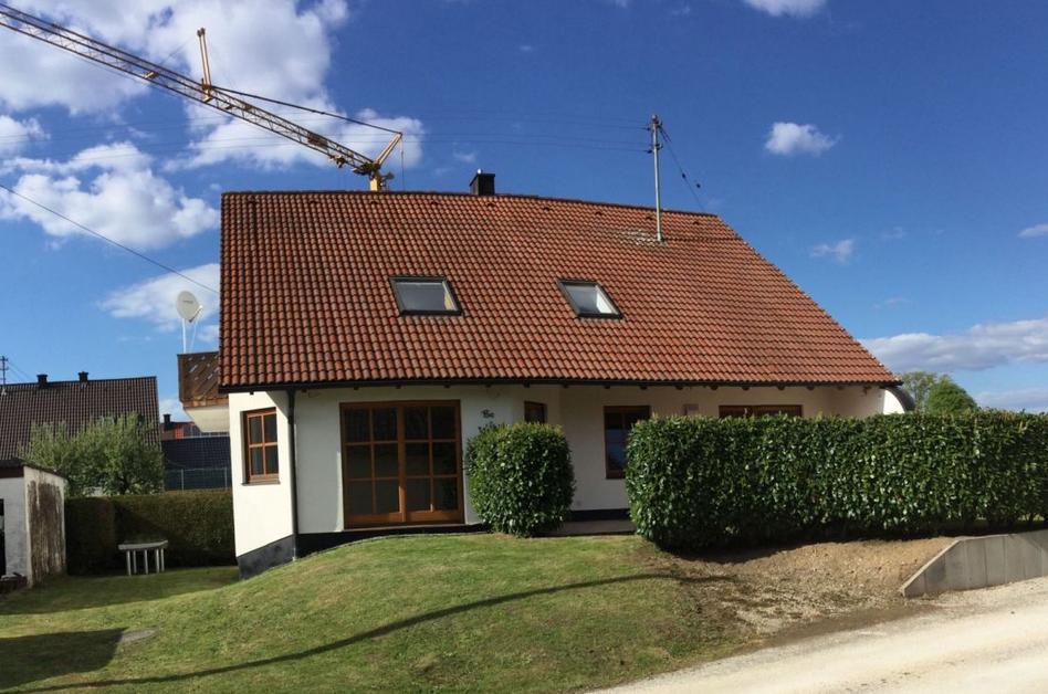 Schöne hochwertige, helle und lichtdurchflutete 4- Zimmer-Wohnung in ruhiger Lage Augsburg (Kreis)