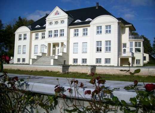 Gepflegte 2-Zimmer-DG-Wohnung mit Balkon und EBK in Wichmannsdorf