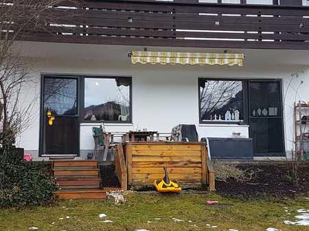 Gepflegte 3-Zimmer-Erdgeschosswohnung mit Terrasse in einem 5-Familien-Haus in Eschenlohe in Eschenlohe (Garmisch-Partenkirchen)