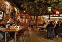 tradtionsreiche urgemütliche Gaststätte mit Biergarten-Flair