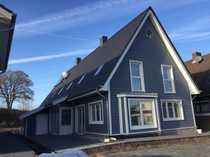 Schönes Doppelhaus mit vier Zimmern