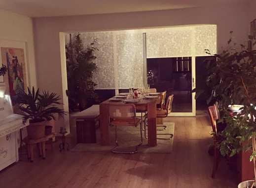 Traumhafte 3,5 Zimmer Wohnung ( komplett möbliert)mit mediterraner Terrasse in Feldkirchen-Westerham