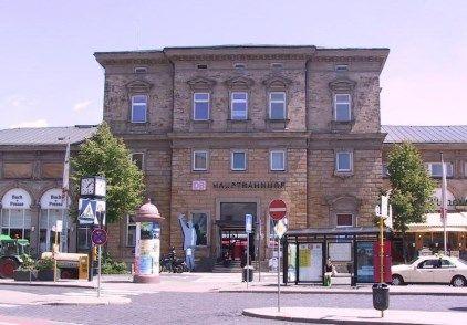 Bild Bf Bayreuth Straßenseite