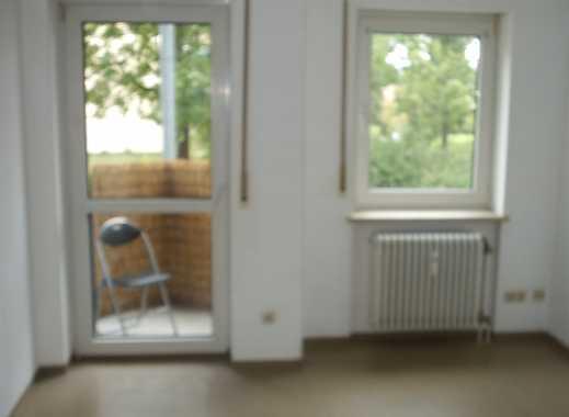 1-Zimmer-Hochparterre-Wohnung mit Balkon und Einbauküche in Regensburg