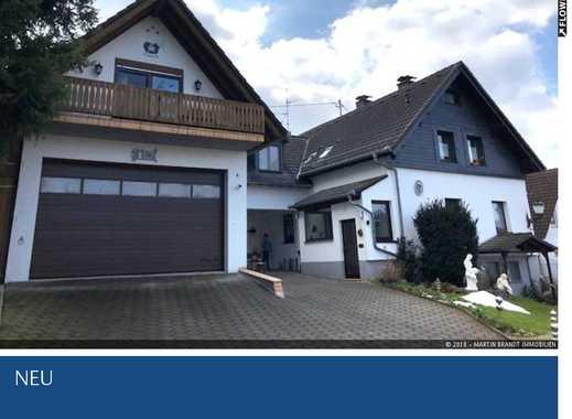 Schöne 4 Zimmer DG-Wohnung mit 2 Balkonen und Garten in Idstein-Heftrich
