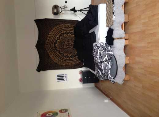 Helles 3er WG-Zimmer, nette Mitbewohner